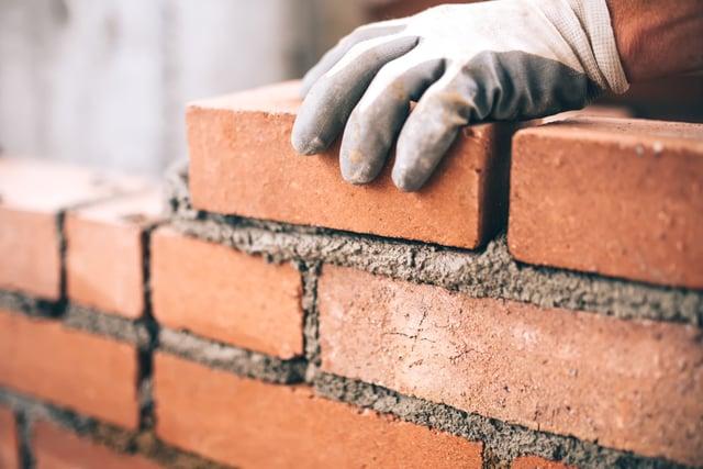 Bricks-and-Mortar-Brandsformation
